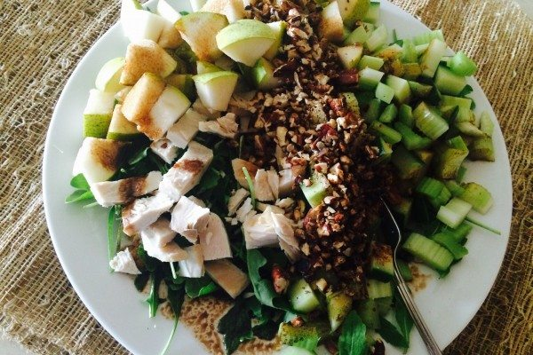 Arugula with Chicken, Pears and Toasted Pecans